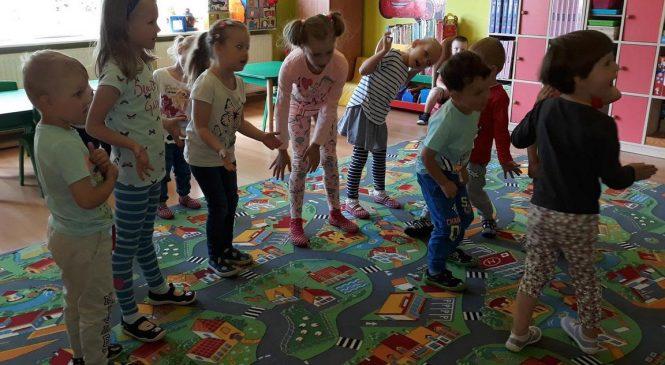"""""""Każde dziecko Ci to powie, że taniec to samo zdrowie"""""""