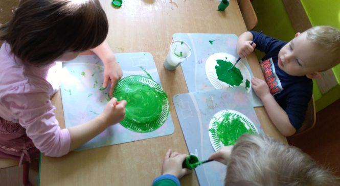 Ufoludki w wykonaniu dzieci z gr. Żabki