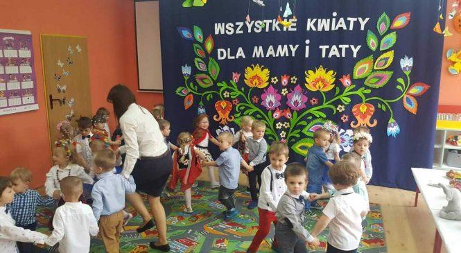 """Dzień Mamy i Taty – grupy """"Misie"""" i """"Króliczki"""""""