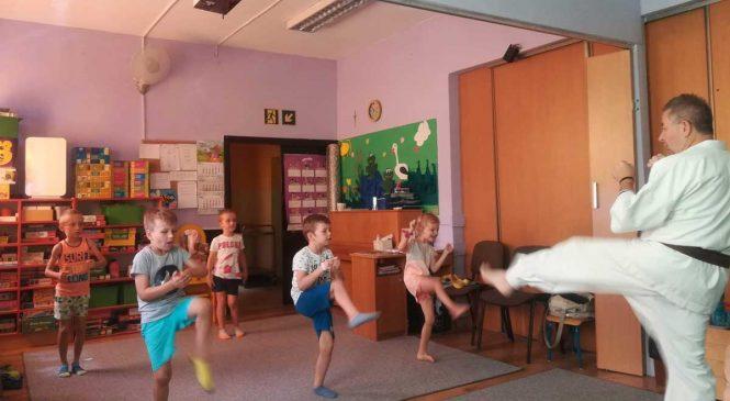 Karate – ostatnie zajęcia przed wakacjami